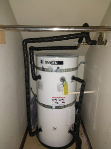 Sanden Tank in understair closet 2-1025