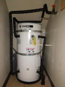 Sanden Tank in understair closet 3-1025